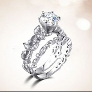 Sapphire. 925 SS Ring.. leaf, beautiful design